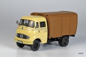 Прикрепленное изображение: Mercedes-Benz L319 Viehtransporter Premium Classixx 18201.jpg