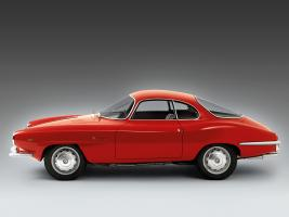 Прикрепленное изображение: 1962-65_Bertone_Alfa-Romeo_Giulia_1600_Sprint_Speciale_01.jpg