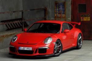 Прикрепленное изображение: Porsche 911 GT3-34.jpg