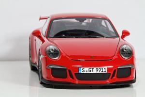 Прикрепленное изображение: diecast-porsche-911-991-gt123-minichamps.jpg