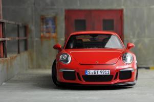 Прикрепленное изображение: Porsche 911 GT3-1.jpg