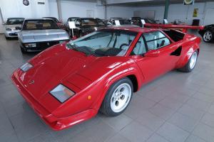 Прикрепленное изображение: Lamborghini-Countach-5000S_01.jpg