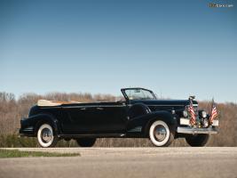 Прикрепленное изображение: Cadillac Series 90 V16 Presidential Limousine Queen Mary 1938.jpg