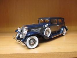Прикрепленное изображение: 1934 Duesenberg Model J Willoughby Berline 3.jpg