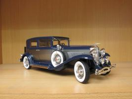 Прикрепленное изображение: 1934 Duesenberg Model J Willoughby Berline 2.jpg