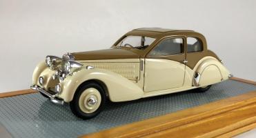 Прикрепленное изображение: il110-bugatti-t57-coach-ventoux-gangloff-roussel-1937-57546-b.jpg
