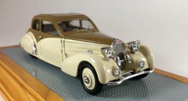 Прикрепленное изображение: il110-bugatti-t57-coach-ventoux-gangloff-roussel-1937-57546-a.jpg
