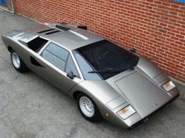 Прикрепленное изображение: Lamborghini LP400 Countach.jpg