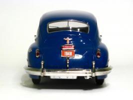Прикрепленное изображение: 1948 Chrysler New  Yorker-5.JPG
