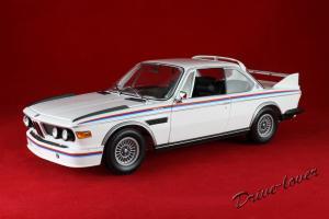 Прикрепленное изображение: BMW 3,0 CSL with spoilers Minichamps 180029021_01.jpg
