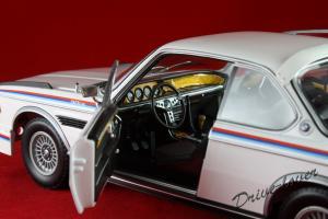Прикрепленное изображение: BMW 3,0 CSL with spoilers Minichamps 180029021_09.jpg