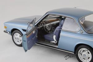 Прикрепленное изображение: BMW 3.0 CSi Autoart for BMW 80430404077_08.jpg