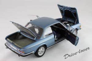 Прикрепленное изображение: BMW 3.0 CSi Autoart for BMW 80430404077_07.jpg