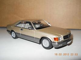 Прикрепленное изображение: Colobox_Mercedes-Benz_560SEC_C126_Minichamps~01.jpg