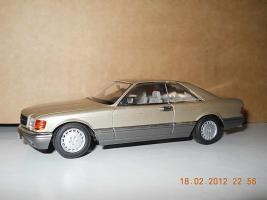 Прикрепленное изображение: Colobox_Mercedes-Benz_560SEC_C126_Minichamps~05.jpg