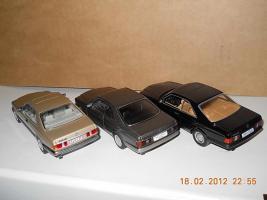Прикрепленное изображение: Colobox_Mercedes-Benz_560SEC_C126_Minichamps~04.jpg
