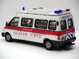 Прикрепленное изображение: tass_ford_transit_hkpolice_3.JPG