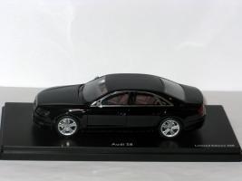 Прикрепленное изображение: Audi S8 002.JPG