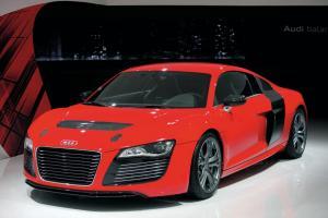 Прикрепленное изображение: Audi R8 e-tron.jpg