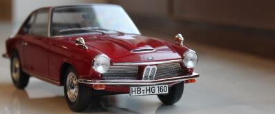 Прикрепленное изображение: BMW 1600 GT - speredi cool 2.jpg