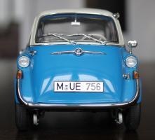 Прикрепленное изображение: BMW 600 - speredi.jpg