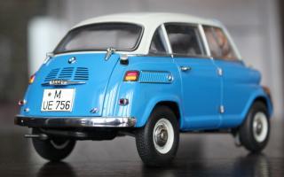 Прикрепленное изображение: BMW 600 - szadi sboku 2.jpg