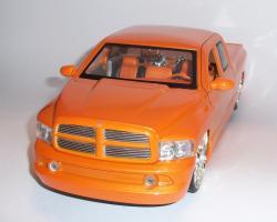 Прикрепленное изображение: Додж рам оранж (4).JPG