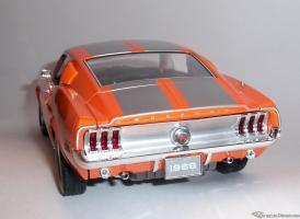 Прикрепленное изображение: Мустанг оранж FordMustang GT Fastback 1968 (14) .JPG