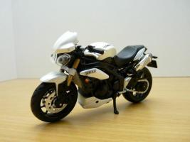 Прикрепленное изображение: triump_speed_triple_ba_2011.jpg