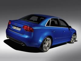 Прикрепленное изображение: Audi-RS4-2005-007-540x405.jpg