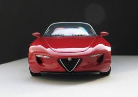 Прикрепленное изображение: Alfa Romeo 2uettottanta-03.JPG