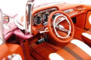 Прикрепленное изображение: 1959 Pontiac Bonneville (7).JPG