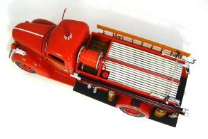 Прикрепленное изображение: 1940 Ford Fire Truck (8).JPG