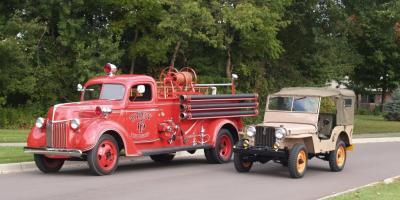 Прикрепленное изображение: 1940 Ford Fire Truck (19).jpg
