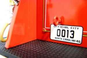 Прикрепленное изображение: 1940 Ford Fire Truck (17).JPG