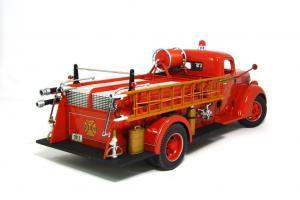 Прикрепленное изображение: 1940 Ford Fire Truck (2).JPG