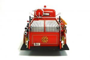 Прикрепленное изображение: 1940 Ford Fire Truck (5).JPG