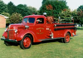 Прикрепленное изображение: 1940 Ford Fire Truck (18).jpg
