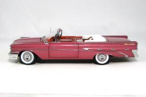 Прикрепленное изображение: 1959 Pontiac Bonneville (3).JPG