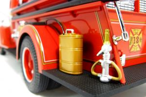 Прикрепленное изображение: 1940 Ford Fire Truck (15).JPG