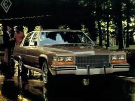 Прикрепленное изображение: Cadillac_Fleetwood%20Brougham_Sedan_1982а.jpg