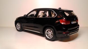 Прикрепленное изображение: BMW_X5_F15_02.jpg
