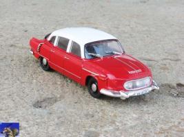 Прикрепленное изображение: Tatra 603_0-0.jpg