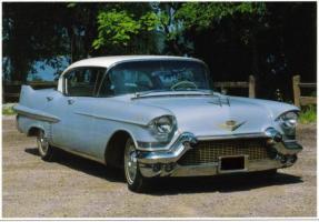 Прикрепленное изображение: Cadillac  Series 60 1957.jpg