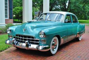 Прикрепленное изображение: Cadillac Series 62 Sedan 1948.jpg