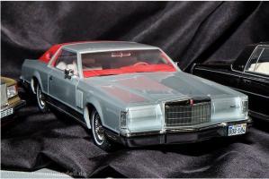 Прикрепленное изображение: BoS 1977 Lincoln Mark V.JPG