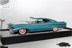 Прикрепленное изображение: Minichamps 1956 Chrysler Norseman.JPG