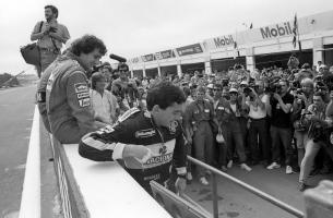 Прикрепленное изображение: senna___prost___mansell___piquet__portugal_1986__by_f1_history-d5xxo0y.jpg
