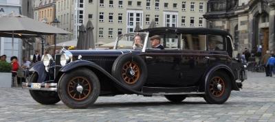 Прикрепленное изображение: 1928 Mercedes Benz 460 Nurburg Cavbriolet F (3).jpg