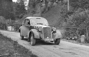 Прикрепленное изображение: Deutschlandfahrt 1939 copy.jpg
